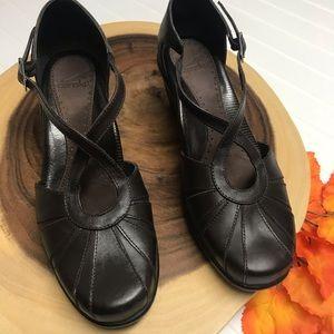 Dansko Leather Mary Janes Brown EUC